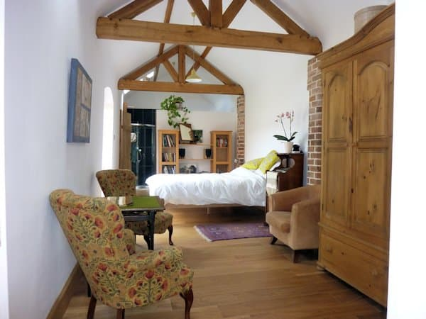 Accommodation Leicestershire Barn Owl Hollow