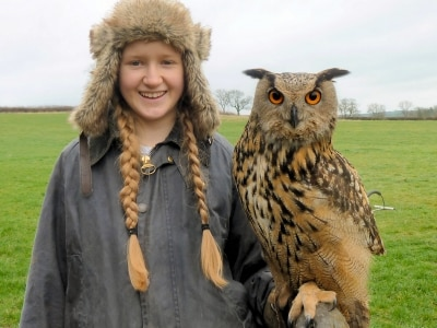 girl with owl wlvis